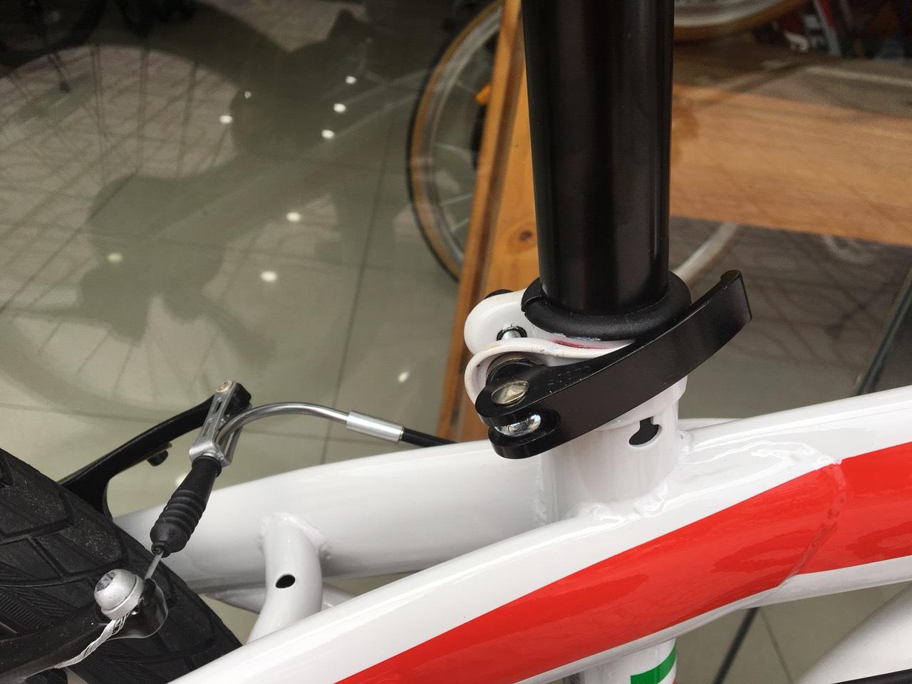 Xe đạp gấp Ferrari White Red 7 Speed