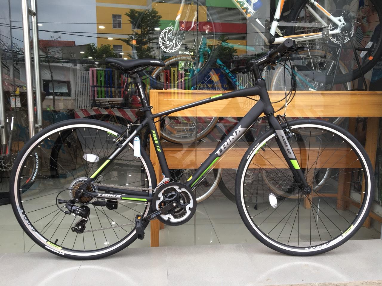 Xe đạp thể thao TRINX FREE 1.0 2019 Black Green