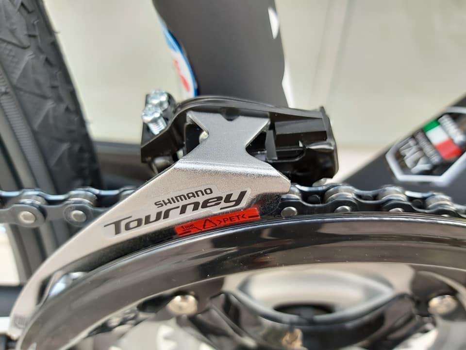 Bộ chuyển động Shimano Tourney