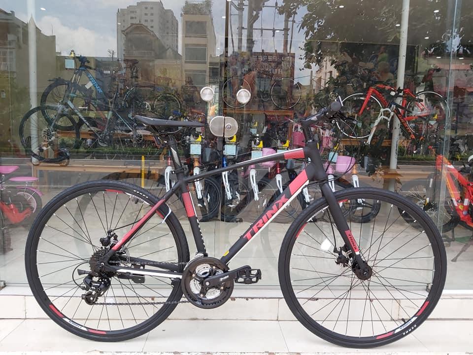 Xe đạp thể thao TRINX FREE 2.0 2019 Black White Red