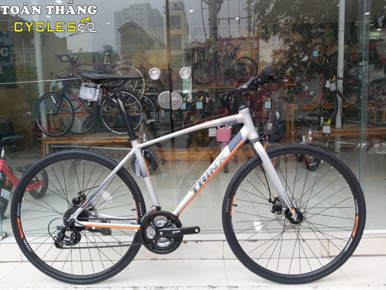 Xe đạp thể thao TRINX FREE 2.0 2019 Grey Orange
